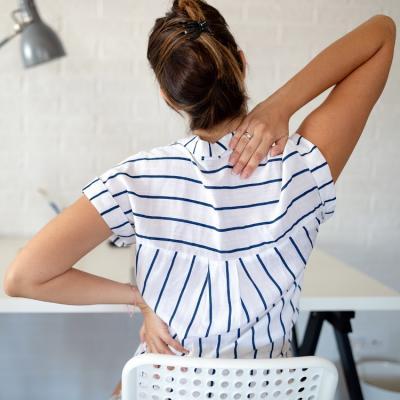 Posture sbagliate: dolore cervicale per 6 italiani su 10